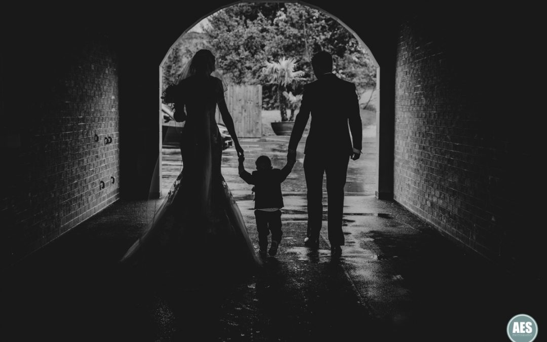 WHITE HART INN BOUTIQUE WEDDING | TERRI & GARRY